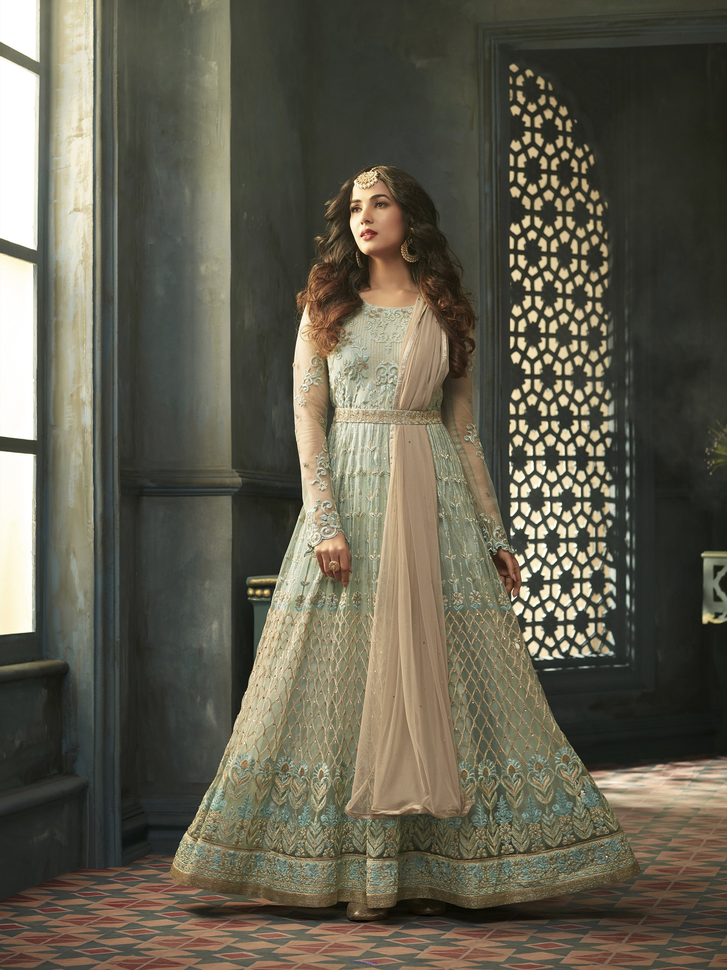 Free Shipping Offers on Indian Clothing Online